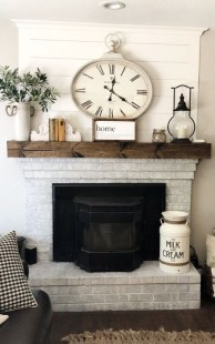 Rustic Farmhouse Fireplace Ideas For Your Living Room 44
