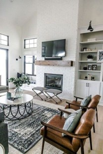 Rustic Farmhouse Fireplace Ideas For Your Living Room 47