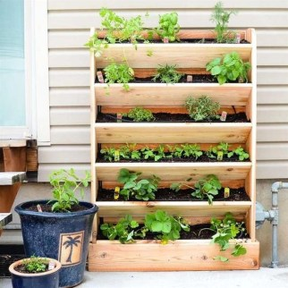 Beautiful Hanging Planter Ideas For Outdoor 09