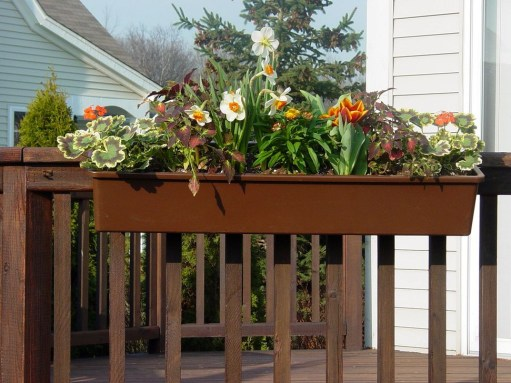 Beautiful Hanging Planter Ideas For Outdoor 40