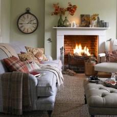 Comfy Colorful Sofa Ideas For Living Room Design 52
