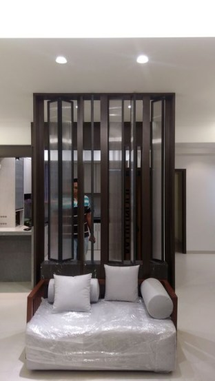 Cool Partition Living Room Ideas 33