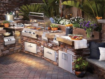 Cozy Outdoor Kitchen Design Ideas 07