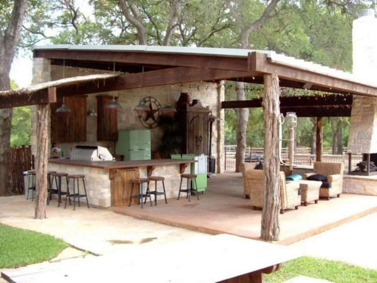Cozy Outdoor Kitchen Design Ideas 33