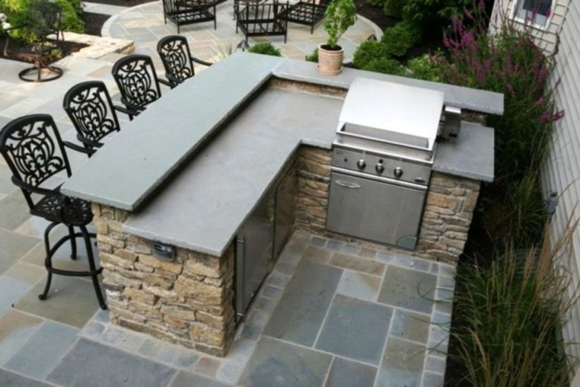 Cozy Outdoor Kitchen Design Ideas 48