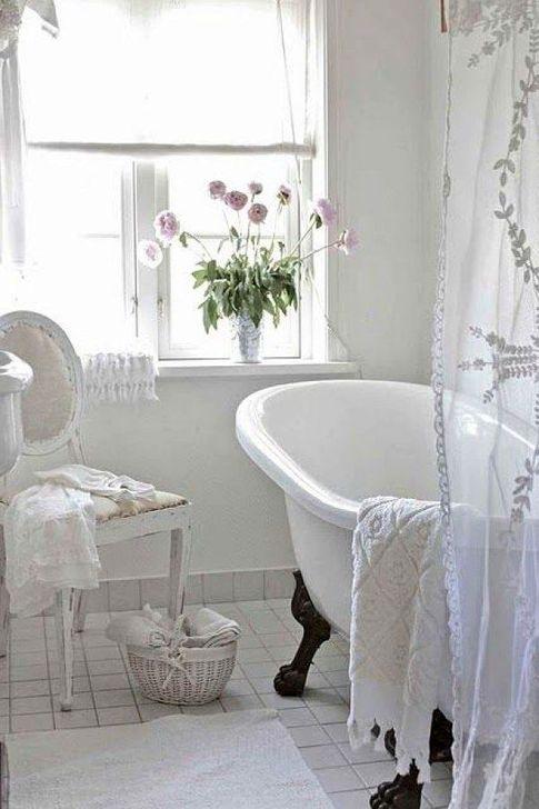 Cute Shabby Chic Bathroom Design Ideas 21