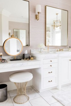 Fascinating Bathroom Vanity Lighting Design Ideas 18