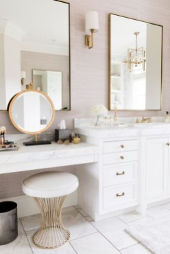 Fascinating Bathroom Vanity Lighting Design Ideas 18