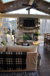 Gorgeous Farmhouse Design Ideas For Living Room 14
