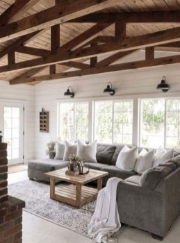 Gorgeous Farmhouse Design Ideas For Living Room 18