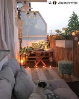 Impressive Balcony Garden Design Ideas 06