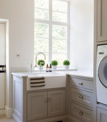Innovative Laundry Room Design With French Country Style 15
