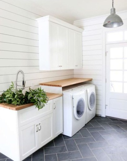 Innovative Laundry Room Design With French Country Style 19