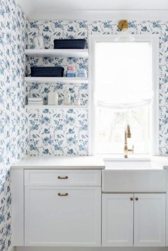 Innovative Laundry Room Design With French Country Style 20