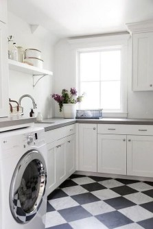 Innovative Laundry Room Design With French Country Style 32