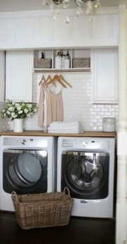 Innovative Laundry Room Design With French Country Style 39