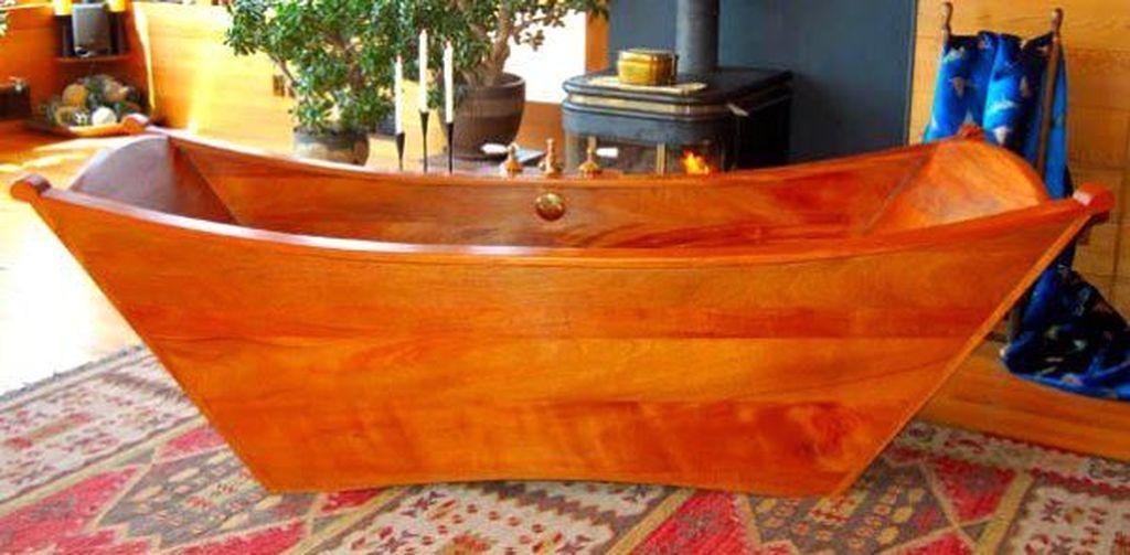 Marvelous Wooden Bathtub Design Ideas To Get Relax 38