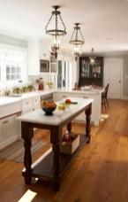 Minimalist Small White Kitchen Design Ideas 12