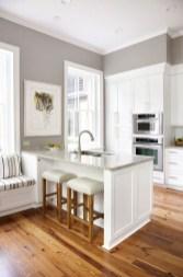 Minimalist Small White Kitchen Design Ideas 22