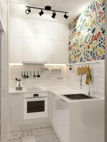 Minimalist Small White Kitchen Design Ideas 38
