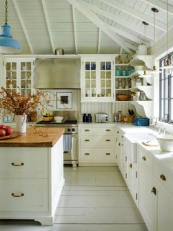 Pretty Cottage Kitchen Design And Decor Ideas 45