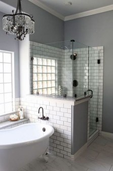 Simple Bathroom Remodeling Ideas That Will Inspire You 31