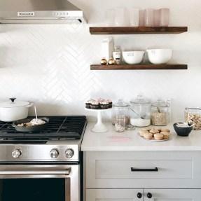 Stunning Kitchen Backsplash Design Ideas 20