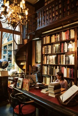 Wonderful Home Library Design Ideas To Make Your Home Look Fantastic 45