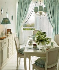 Adorable Summer Dining Room Design Ideas 13