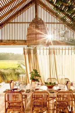 Adorable Summer Dining Room Design Ideas 16