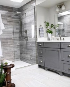 Amazing Bathroom Shower Remodel Ideas On A Budget 04