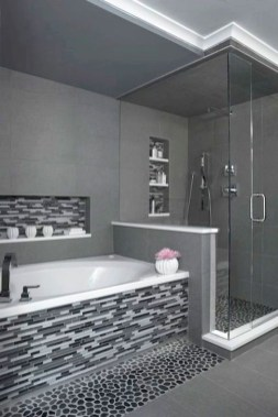 Amazing Bathroom Shower Remodel Ideas On A Budget 44