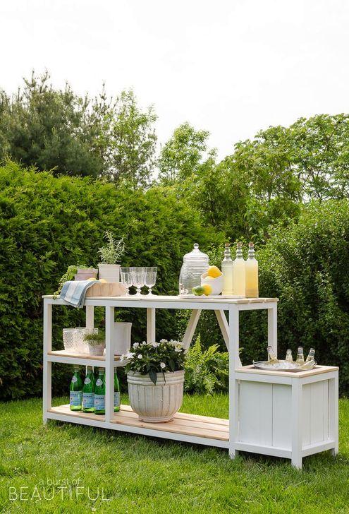 Cheap And Easy DIY Outdoor Bars Ideas 37