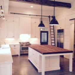 Classy Wooden Kitchen Island Ideas For Your Kitchen 09