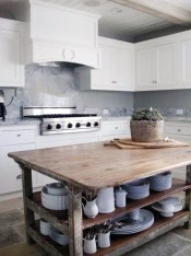 Classy Wooden Kitchen Island Ideas For Your Kitchen 31