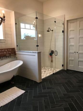 Comfy Bathroom Design Ideas With Shower Concept 42