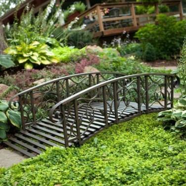 Cool Garden Bridge Ideas You Will Totally Love 08