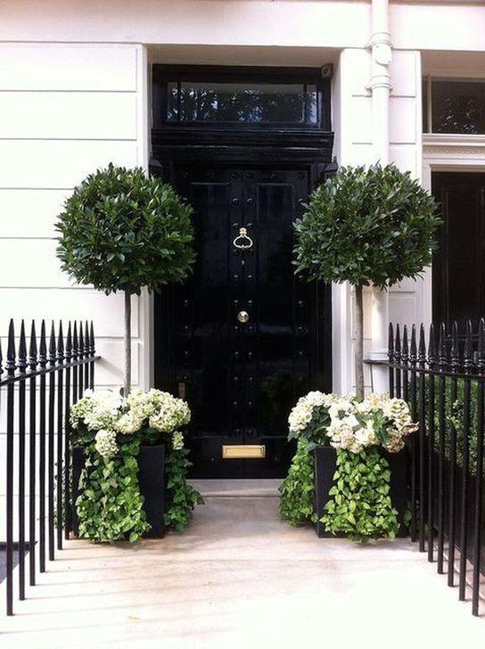 Creative Front Door Flowers Pot Ideas 47