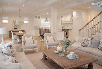 Easy And Simple Neutral Living Room Design Ideas 17