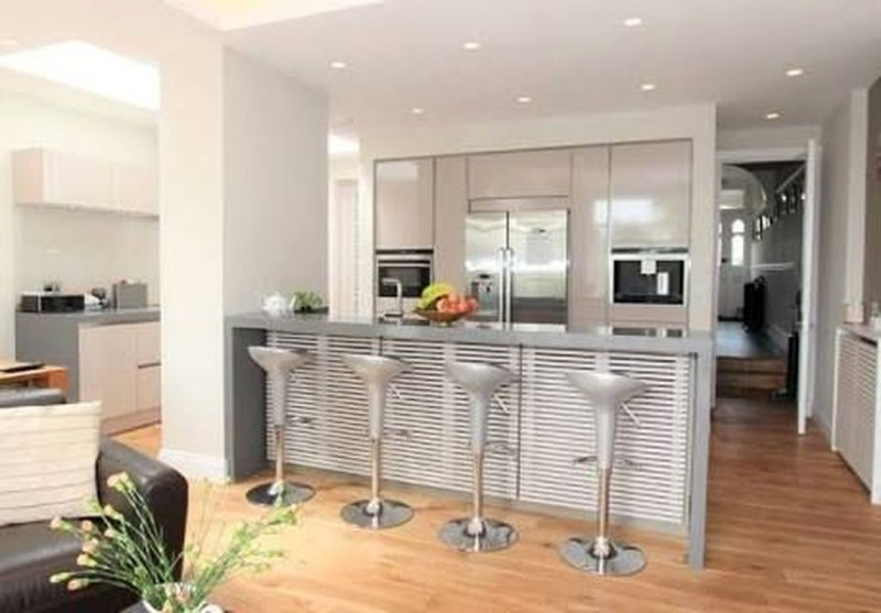 Magnificient Open Plan Kitchen With Feature Island Ideas 13