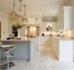Magnificient Open Plan Kitchen With Feature Island Ideas 31
