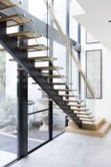 Perfect Glass Staircase Design Ideas 37