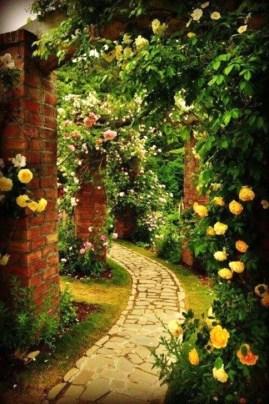 Romantic Backyard Garden Ideas You Should Try 08