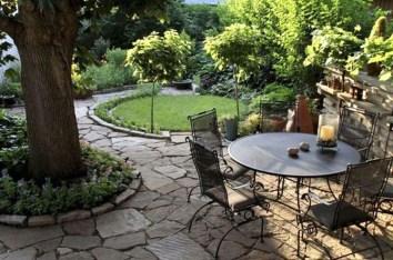 Romantic Backyard Garden Ideas You Should Try 31