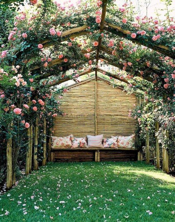 Romantic Backyard Garden Ideas You Should Try 41