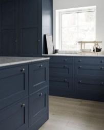 Stunning Dark Grey Kitchen Design Ideas 37