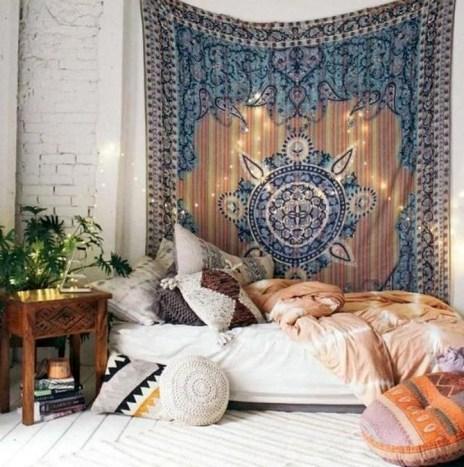Totally Inspiring Bohemian Apartment Decor On A Budget 29