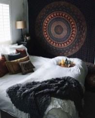 Totally Inspiring Bohemian Apartment Decor On A Budget 40