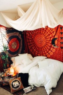 Totally Inspiring Bohemian Apartment Decor On A Budget 49
