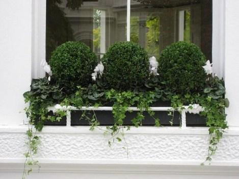 Wonderful Window Box Planters Yo Beautify Up Your Home 31